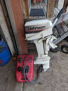 Vintage Johnson 8 HP Outboard Motor & Gas Tank