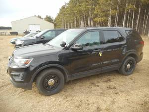 2016 Ford Explorer AWD - Police Interceptor - #3