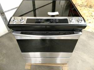 Ikea Model IES790GSO Electric Range...
