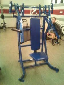 Hammer Strength Butterfly upper body Machine - ISO Incline Press