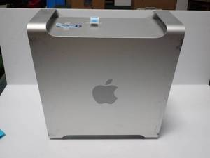 Mac Pro 2.26 A1289 // 10GB DDR3 // 1TB 3.5 SATA 7200 (x2HD)