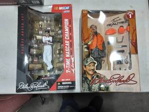 2-Dale Earnhardt Action Figures