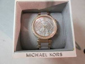Michael Kors Ladies Rose Gold Watch...