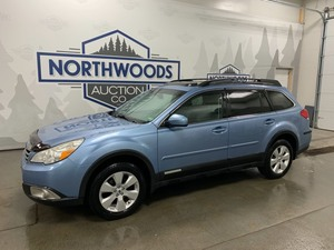 2011 Subaru Outback Limited -No Reserve-