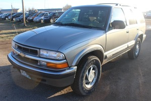 2000 Chevrolet Blazer - 2 OWNER - 4x4