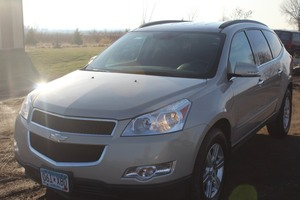 2010 Chevrolet Traverse AWD - 2 OWNER -