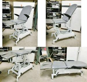 Wow MSRP $7500 Mobile Foot Care Power Treatment Hi Low Table - Inter-Movable Legs - Chiropractors Physicians Massage Tattoo Ink Bed - Works Great & Can Be Moved With Ease Room to Room!