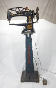 Antique Working 1910 Singer Industrial Sewing Machine With Iron Auto Soler Base
