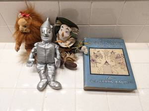 Antique Book: **1st edition  The Magical Monarch of Mo by L. Frank Baum (& Wizard of Oz Plush Toys)