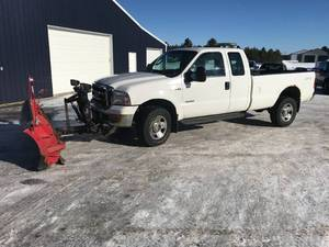 2006 Ford F350 SD XLT 4x4 with Plow
