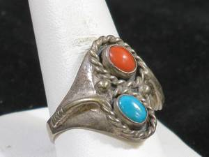 Artisan Ladies Turquoise Ring - Appears Native American
