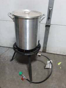 Propane Powered Turkey Fryer. Frame & Pot