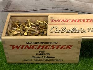 500 Rounds .22 Hollow Point Ammunition Ammo in Collectible Wood Box