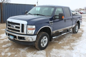 2010 Ford F250 Super Duty XLT Crew Cab 4x4 - One Owner -