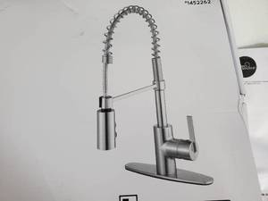 New Commercial Style Pull-Down Kitchen Faucet