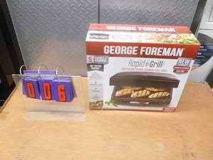 George Foreman panini grill. Appears new in box. As shown.