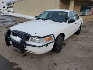 2010 Ford Crown Victoria - 2FABP7BV3AX121460