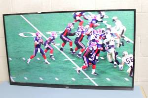 "55"" LED Edge-Lit Commercial Grade Display / Monitor / Television with Integrated Tuner"