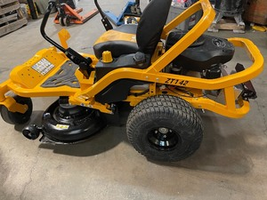 Cub Cadet Ultima ZT1 42 in. 22 HP Kohler KT7000 Series V-Twin Gas Engine Zero Turn Mower with Lap Bar Control In good condition