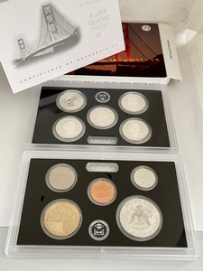 2018-S Silver Reverse Proof Set Orig. Packaging and COA  Coin World Price Guide $125.00 - $150.00