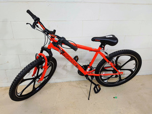 "Mongoose 24"" Boys Mongoose Alert Mountain Bike"