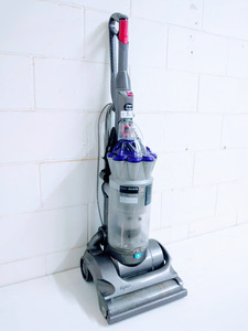 Dyson Animal absolute Upright Vacuum