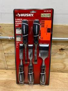 HUSKY 5-piece Wood Chisel Set