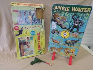 "Louis Marx ""Jungle Hunter Gallery Game"" Great Graphics!!"
