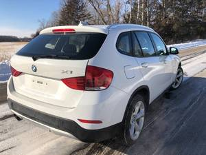 2014 BMW X1 // 83,258 miles // AWD // VERY CLEAN