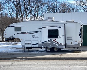 2006 Grand Surveyor Fifth Wheel Travel Trailer Camper