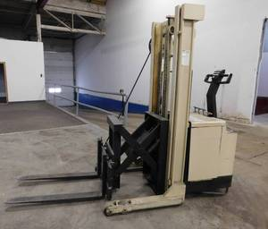 Crown 30WRTL Reach Walkie Stacker Forklift