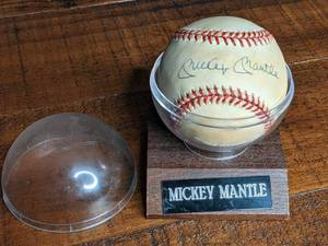 Mickey Mantle Hand-signed Autographed Baseball