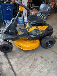 2020 Cub Cadet (33BA27JD710) CC 30 e Electric Rider in working conditions