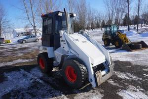 Bobcat 2410 Articulating Wheel Loader