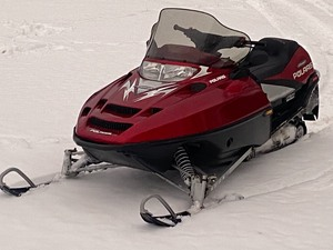 2003 Polaris Indy Classic 700 Snowmobile