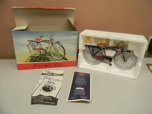 SCHWINN BLACK PHANTOM XONEX 1:6 RATIO DIE CAST METAL BIKE - IN BOX! - SEE PICTURES!