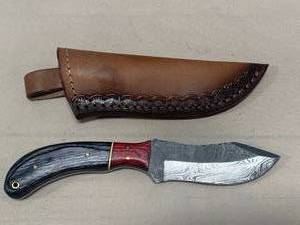 "Damascus Steel Knife Full Tang with Sheath 8"" Overall Length"