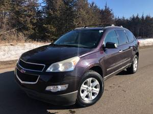 2010 Chevrolet Traverse LS - AWD