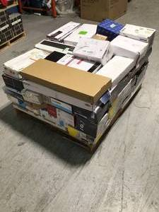 Pallet with assorted Branded  Faucets various models and conditions open box some in like new condition see pictures