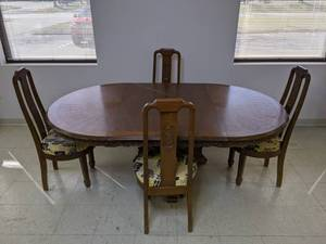 Dining Table & Chairs with Carved Dragon Detailing