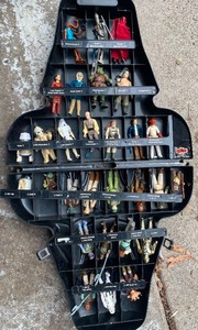 Vintage 1983 Star Wars Kenner Darth Vader Action Figure Carry Case with 29 Figurines