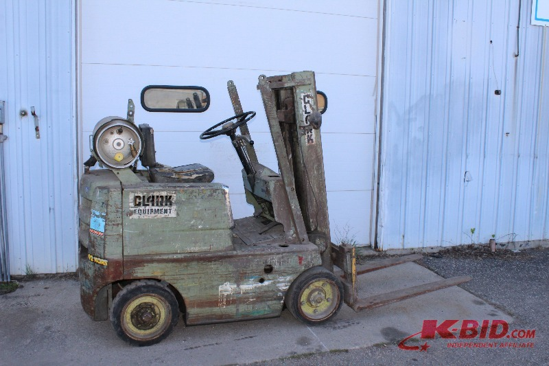 clark forklift c30 lpg mm auto auction 2 big trucks and a forklift k bid. Black Bedroom Furniture Sets. Home Design Ideas