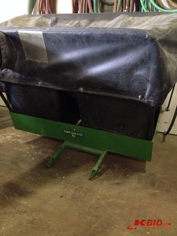 John Deere Turf Bagger | Thief River Auctions #45 Fireplaces, Salon  Equipment, Home/Office, Etc | K BID