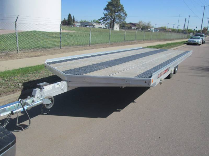 June Snowmobile Atv Trailer And Consignments 1 K Bid