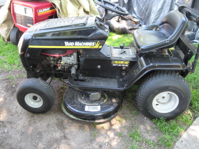 Huskee 16 5hp Riding mower Manual