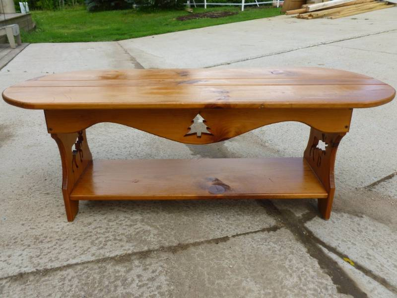 Northwoods themed coffee table manannah 164 furniture for Themed coffee tables