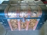 AMAZING ANTIQUE STEAMER TRUNK-OUTSTANDING CONDITION