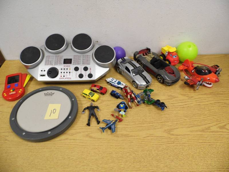 drum machine practice pad toys july 4 consignment k bid. Black Bedroom Furniture Sets. Home Design Ideas