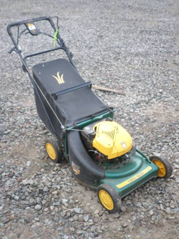 le lawn equipment 4 in loretto minnesota by loretto equipment rh auctionbill com mtd lawn mower repair manual yardman lawn tractor repair manual