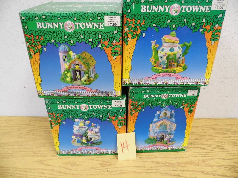 Bunny Town Easter Décor | July #10 Consignment | K-BID